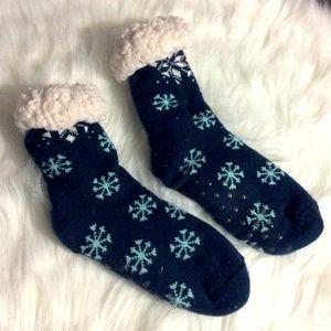 4 for $20//Fuzzy Winter Socks